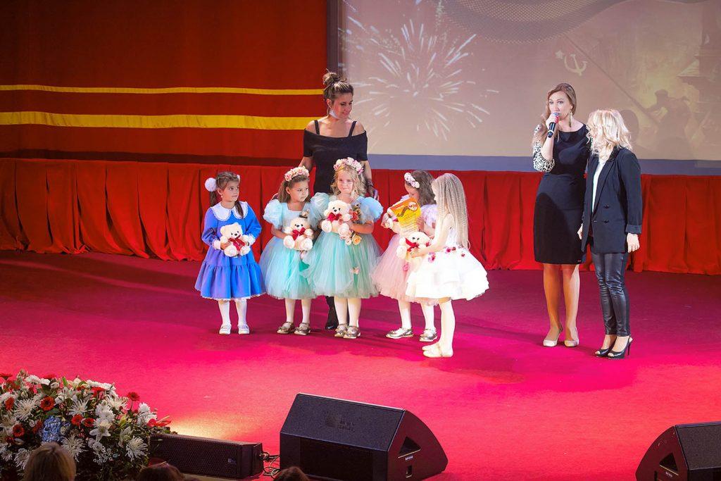 Фестиваль «Вальс Победы» прошел при поддержке фонда «Петр Великий»
